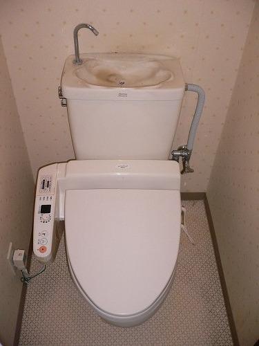 トイレのリフォーム(便器交換・クロスの張り替え・クッションフロア)|さいたま市西区指扇の榊原様邸