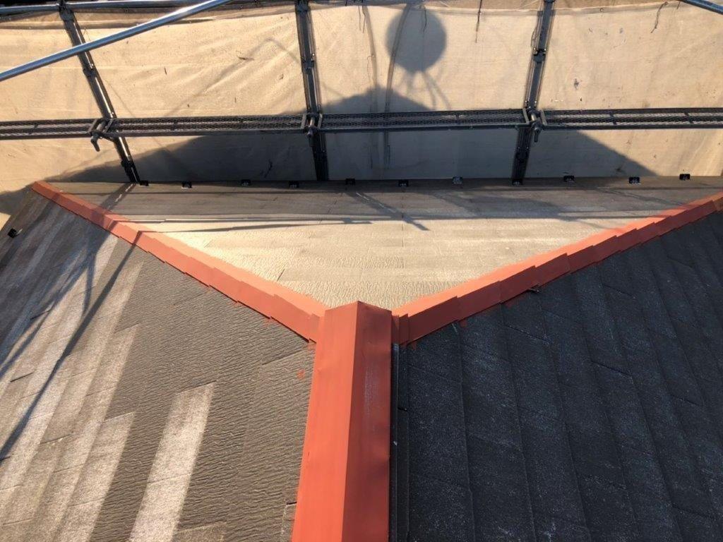 屋根 板金部の錆止め塗装|埼玉県川越市のO様邸にて塗り替えリフォーム