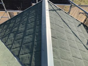 葺き替え後の金属屋根