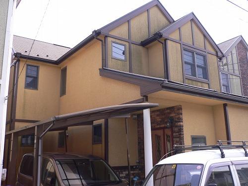外壁の塗装工事・ベランダデッキの新設工事|埼玉県鶴ヶ島市のT様邸