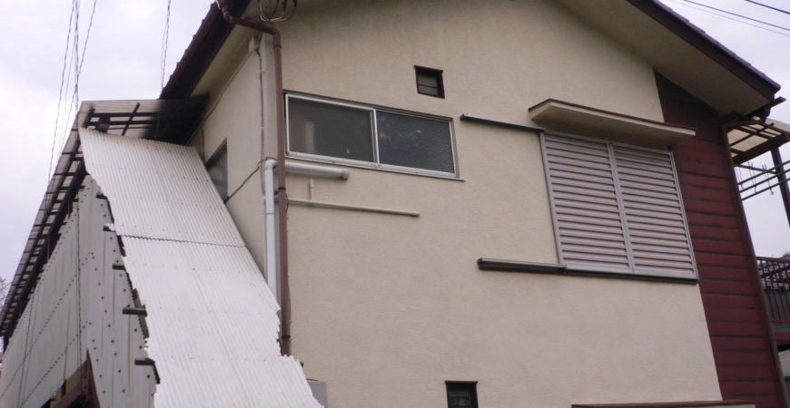 外階段の波板交換工事・鉄部塗装 東京都西東京市のSアパート
